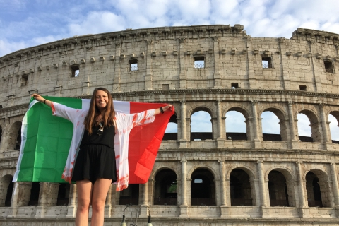 Student in Rome in front of Colosseum